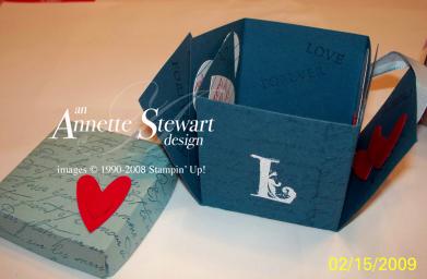 Valentinescrapbookbox1
