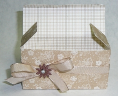 Sizzix box open