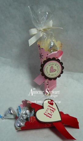 Scallop Valentine cone treats