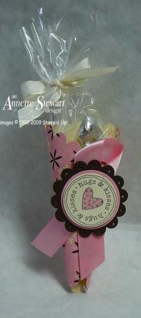 Scallop Valentine cone treat 1