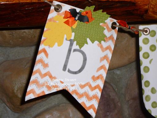 Boo leaf banner 3