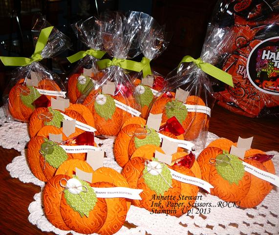 Pumpkin Treatholders1